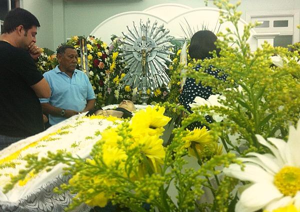 Armando foi vítima de falência múltipla de órgãos na tarde desta terça-feira (10), aos 77 anos (Foto: Mônica Dias)