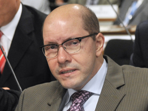Demóstenes Torres na CCJ, na última vez em que apareceu no Senado, em 21 de março (Foto: José Cruz/Ag. Senado)
