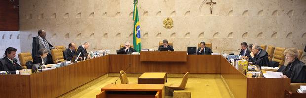 Plenário do Supremo durante julgamento de ação que pede liberação de aborto para anencéfalos (Foto: Carlos Humberto / SCO / STF)