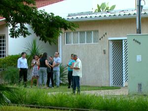 Casa onde adolescente morava com a avó e uma tia em Pirassununga (Foto: Reprodução/EPTV)