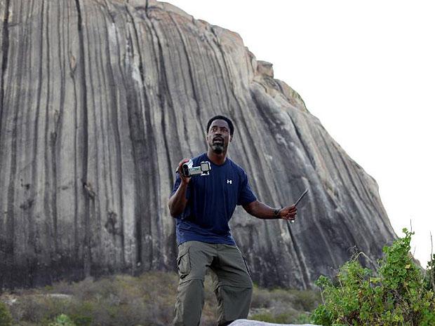 O ator Isaiah Washington em cena do filme 'Área Q' (Foto: Divulgação)