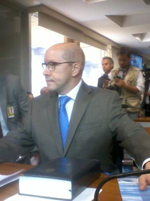 O senador Demóstenes Torres durante reunião do Conselho de Ética (Foto: Iara Lemos / G1)