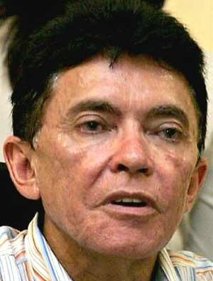Prefeito passa por cirurgia em Barbalha (Foto: Agência Diário)