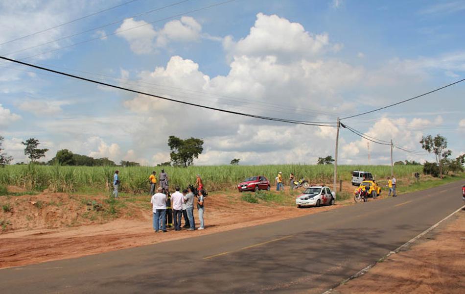 Queda de avião deixa dois mortos, entre eles o empresário Fernando de Arruda Botelho, em Itirapina