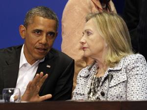Hillary com Obama na Cúpula das Américas em Cartagena, na Colômbia (Foto: Reuters)