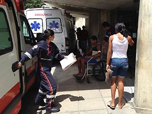 Homem é picado por cobra em sítio na Grande João Pessoa (Foto: Walter Paparazzo/G1 PB)