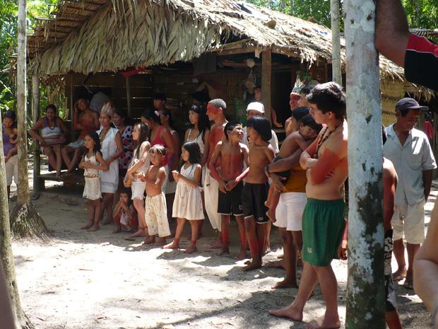 Uma das aldeias Kambeba em Manacapuru, no Amazonas, registrada por Adana Kambeba (Foto: Arquivo Pessoal)