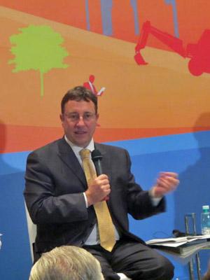 Achim Steiner, diretor-executivo do Pnuma, durante evento no Rio de Janeiro. (Foto: Eduardo Carvalho/G1)