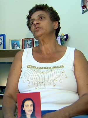 Sebastiana Maria Couto, mãe de Ana, afirma que as complicações ocorreram após a alimentação (Foto: Reprodução EPTV)