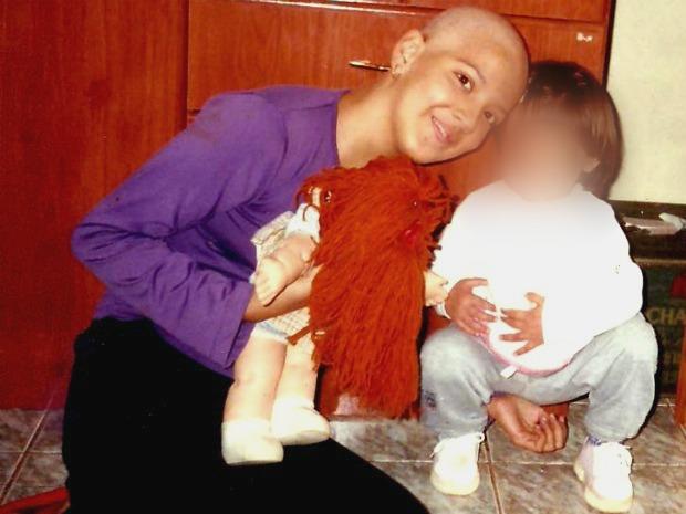Ela descobriu que estava com leucemia aos 12 anos (Foto: Tatiane Queiroz/ G1 MS)