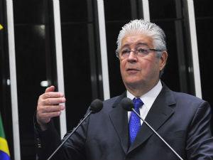 Roberto Requião (Foto: Divulgação)