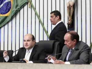 """O presidente da AL, deputado Roberto Cláudio (PSB), disse que a PEC coloca a Assembleia na """"vanguarda dos princípios modernos da administração pública"""" (Foto: Paulo Rocha/AL-CE)"""