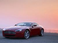 Aston Martin V8 Vantage (Foto: Divulgação)