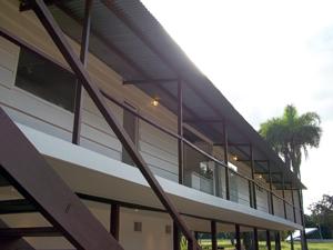 Vista geral do prédio principal do Catetinho, em Brasília (Foto: Jamila Tavares / G1)