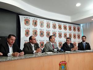 Coletiva na sede da PF deu detalhes da operação. (Foto: Katherine Coutinho / G1)
