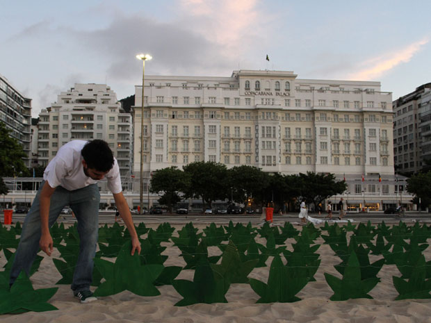 420 fake marijuana plants in the sands of Copacabana Beach on Friday 20 April 2012
