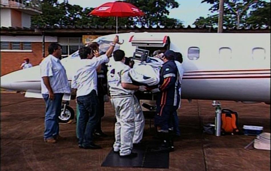 Cantor pedro foi transportado em um jato de Itumbiara para Goiânia