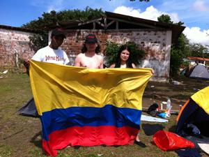 Colombianos no Metal Open Air (Foto: Clarissa Carramilo/G1)