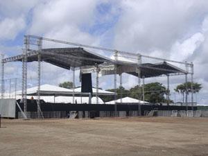 Palcos do MOA já foram desmontados (Foto: Clarissa Carramilo/G1)