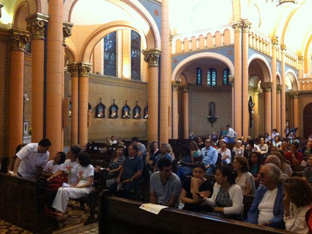 Missa de 30 dias da morte de Chico Anysio (Foto: José Raphael Bêrredo/G1)