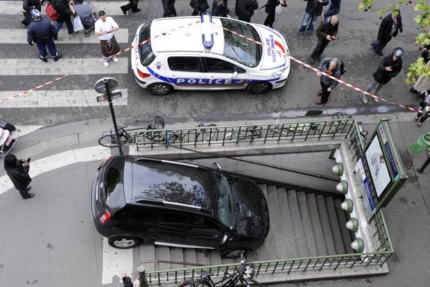 Incidente ocorreu na estação Chaussee d'Antin La Fayette. (Foto: Bertrand Guay/AFP)