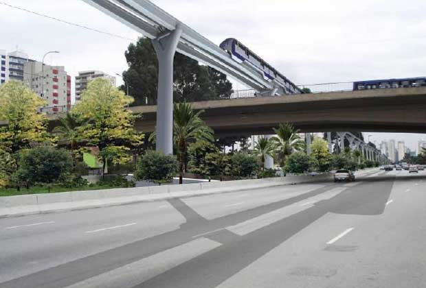 No trecho Águas Espraiadas - Marginal Pinheiros, linha vai passar sobre viaduto que dá acesso à Avenida Vereador José Diniz. (Foto: Divulgação/Metrô)