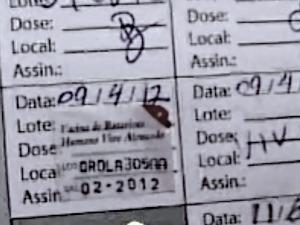 Vacina aplicada no dia 9 de abril tem validade até fevereiro deste ano, diz mãe (Foto: TV Diário/Reprodução)