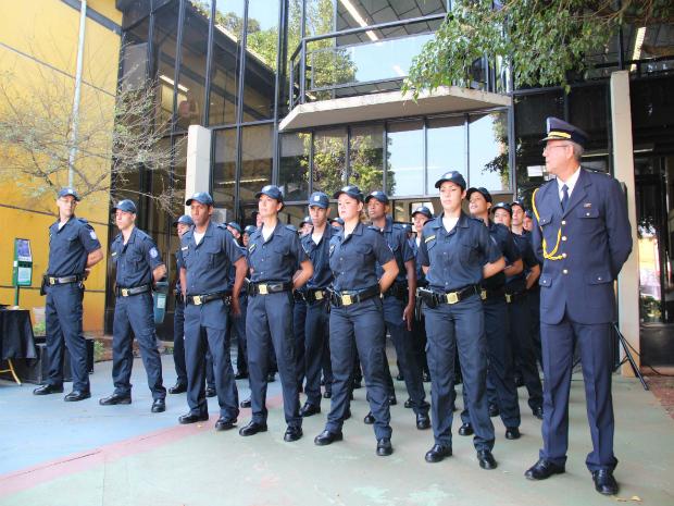 A equipe é formada por vinte homens e dez mulheres (Foto: Secom Votorantim)