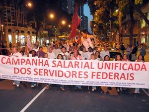 Manifestantes ocuparam trecho da Avenida Rio Branco (Foto: Nando Neves/Sindsep/ Divulgação)