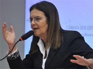 Graça Foster participou de audiência na Câmara nesta quarta-feira (Foto: Agência Brasil)
