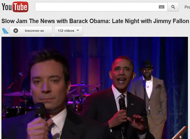 Obama é visto entre o comediante Jimmy Fallon e o vocalista da banda 'The Roots' no quadro cômico do programa de entrevistas (Foto: Reprodução/Youtube)