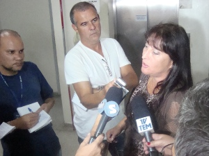 Promotora afirma que estratégia só confirma culpa dos réus (Foto: Tássia Lima/G1)
