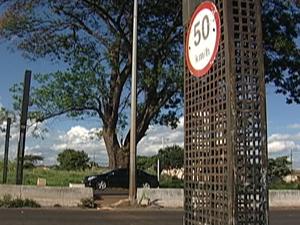 Rodovias federais que cortam Uberaba ganharão sete radares (Foto: Reprodução/TV Integração)