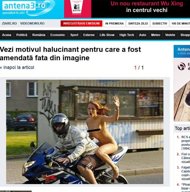 Mulher que estava andando nua na garupa de uma moto foi multada por estar sem capacete. (Foto: Reprodução)