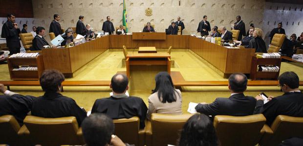 O plenário do Supremo durante julgamento das cotas em universidades (Foto: Carlos Humberto / SCO / STF)