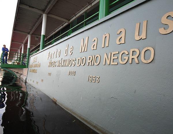 Nível do Rio Negro deixou Manaus em situação de emergência (Foto: Divulgação/Semcom)