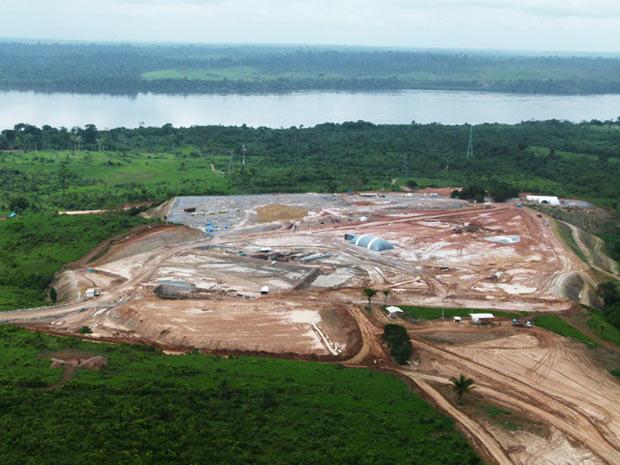 Mesma região após a instalação do canteiro do Sítio Belo Monte, em janeiro de 2012. (Foto: Divulgação/Regina Santos/Norte Energia)