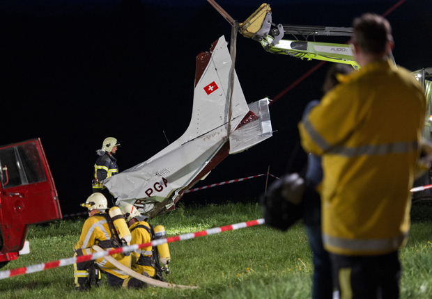 Avião; pequeno; porte; queda; acidente; Suíça (Foto: Fabrice Coffrini / AFP)