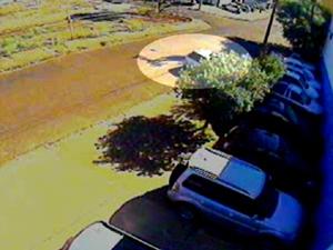 Câmeras flagraram a ação dos suspeitos. (Foto: Reprodução/EPTV)