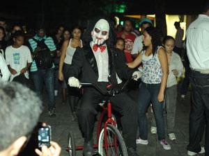 Jigsaw atraiu os olhares e as câmeras dos visitantes (Foto: Flavio Moraes/G1)