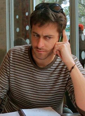 Romeo Langlois, em foto de arquivo disonibilizada pela TV France 24, onde ele também trabalha (Foto: AFP/Woow/France 24)