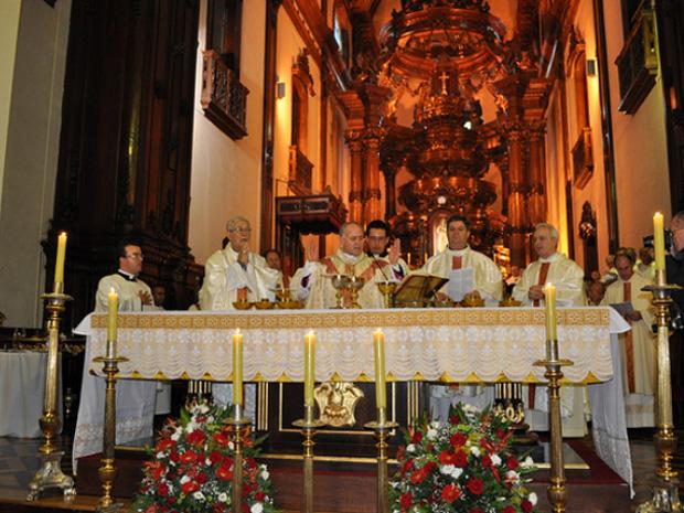 Primeira missa como responsável pela arquidiocese durou cerca de 2h (Foto: Divulgação Arquidiocese/Bárbara Beraquet)