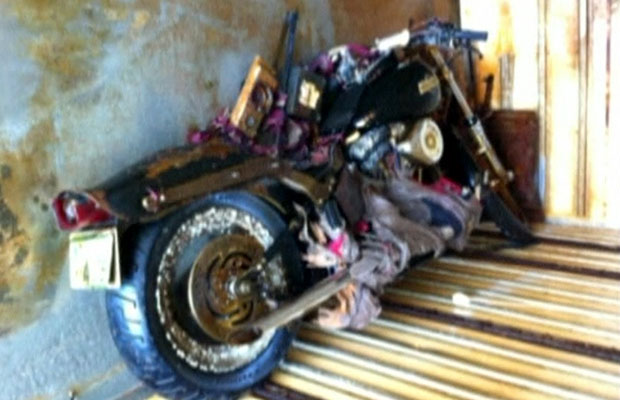 Consulado japonês em Vancouver está agora tentando localizar o dono da moto (Foto: BBC)