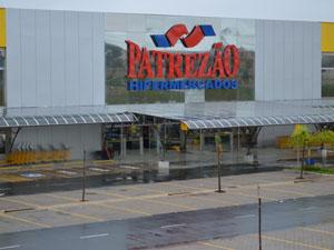 Loja do Patrezão foi arrendada pelo Grupo Savegnago (Foto: Manoela Marques/G1)