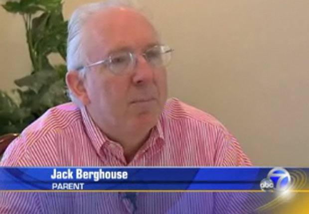 Jack Berghouse entrou com processo porque escola puniu seu filho por plagiar trabalho. (Foto: Reprodução)