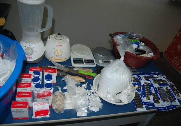 Droga apreendida durante a operação (Foto: Divulgação/PC)