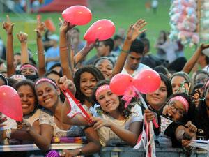 Fãs aguardam show de Luan Santana no Viradão Carioca (Foto: Alexandre Durão/G1)