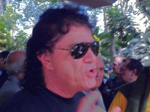 Cantor Mariano foi até o velório de Tinoco (Foto: Paulo Toledo Piza/G1)