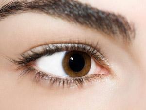 Olhos castanhos representam menor risco de melanoma (Foto: AFP/Arquivo)