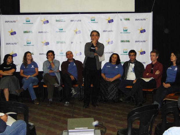 Atores falaram sobre novos projetos em comemoração aos 30 anos do grupo mineiro. (Foto: Alex Araújo/G1)